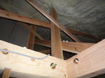 屋根裏のインスペクション